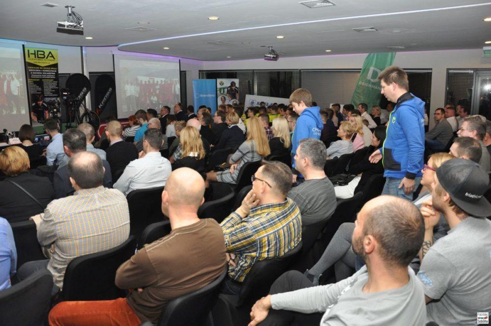 konferencja-bartek-huzarski-sobotka-24